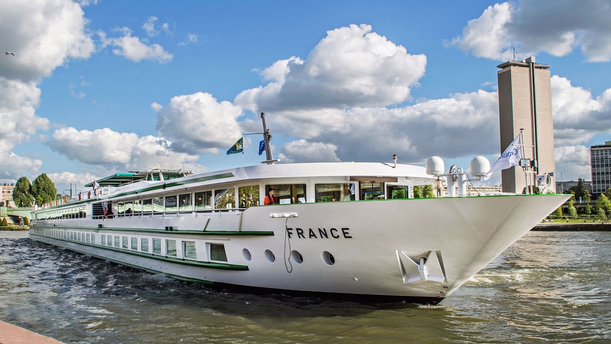 MS France